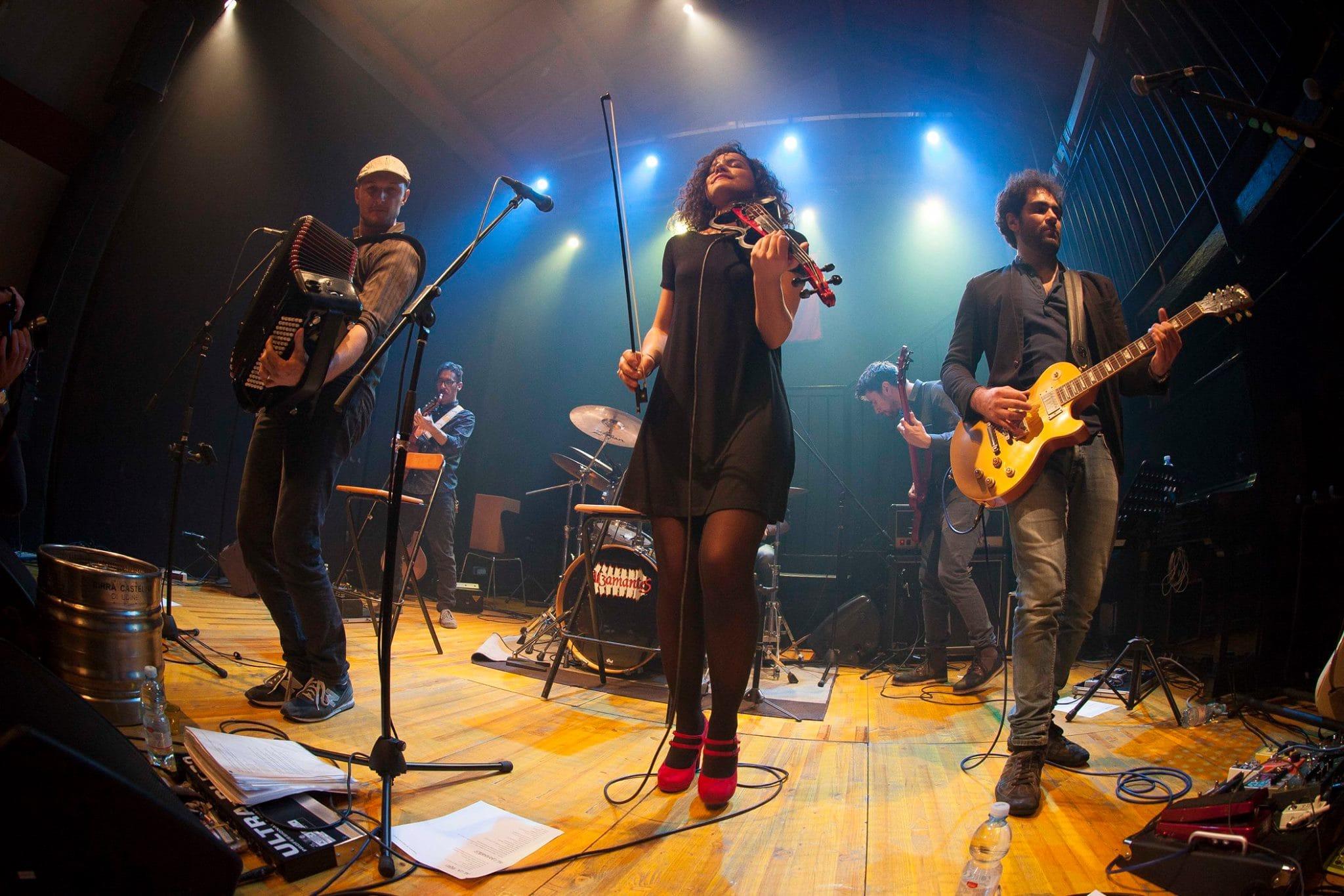 Alzamantes, Folk, Folk Rock, Balfolk, Dario Tornaghi, Concerti Alzamantes